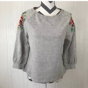 W5 Top Tee Embroidered Floral Solid Chic Boho